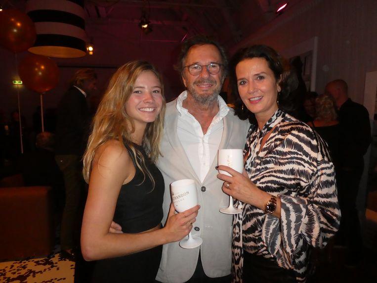 Oud-minister Herman Heinsbroek met zijn dochter Maxime en partner Leontine Willemse. Dochter: