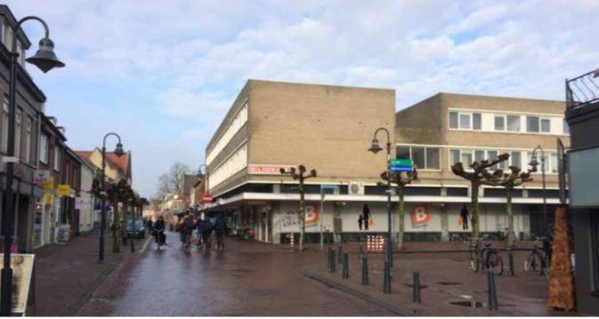 Het appartementencomplex in het centrum van Boxtel zoals het er momenteel bij staat.