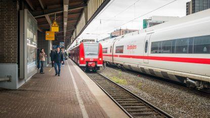 Chinese zakenvrouw vergeet 14.000 euro in Duitse trein