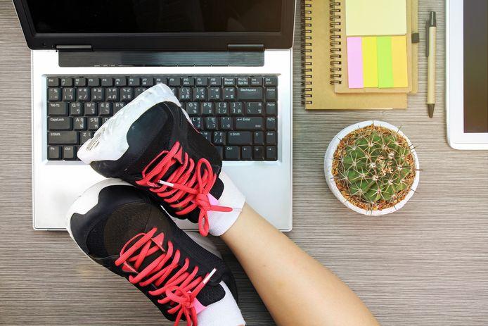 Een dagelijkse mini-workout van vijf minuten zouden op élke werkvloer normaal moeten zijn.