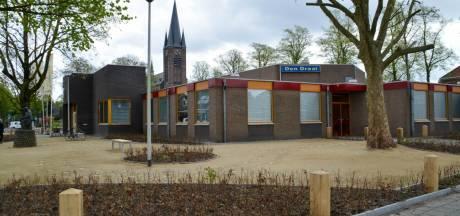 Donkere wolken boven gemeenschapshuis Den Draai in Zeilberg: pand uit nood te koop