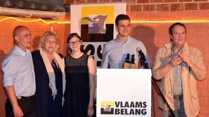 Ga in gesprek met Dries Van Langenhove in café Effe Naf in Vilvoorde