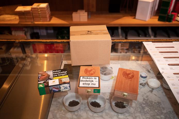 Sigarenfabriek de Olifant wil de cederhouten doosjes als verpakking van de sigaren behouden.