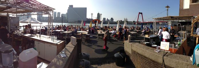 Pop-up visrestaurant A La Plancha op het Noordereiland Rotterdam