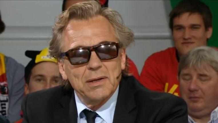 Jan Mulder op de Belgische televisie. Beeld null