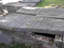 Toekomst oude begraafplaats Rossum onzeker: 'Hier ligt de historie van het dorp'