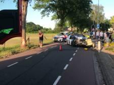 Automobilist gewond na botsing met boom in Lunteren