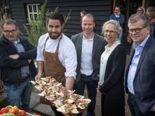 Ookworst: worst van varkensvlees uit Gerwen en Nederlandse quinoa