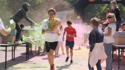 Kleurrijke sponsortocht in het Sint-Aloysiuscollege
