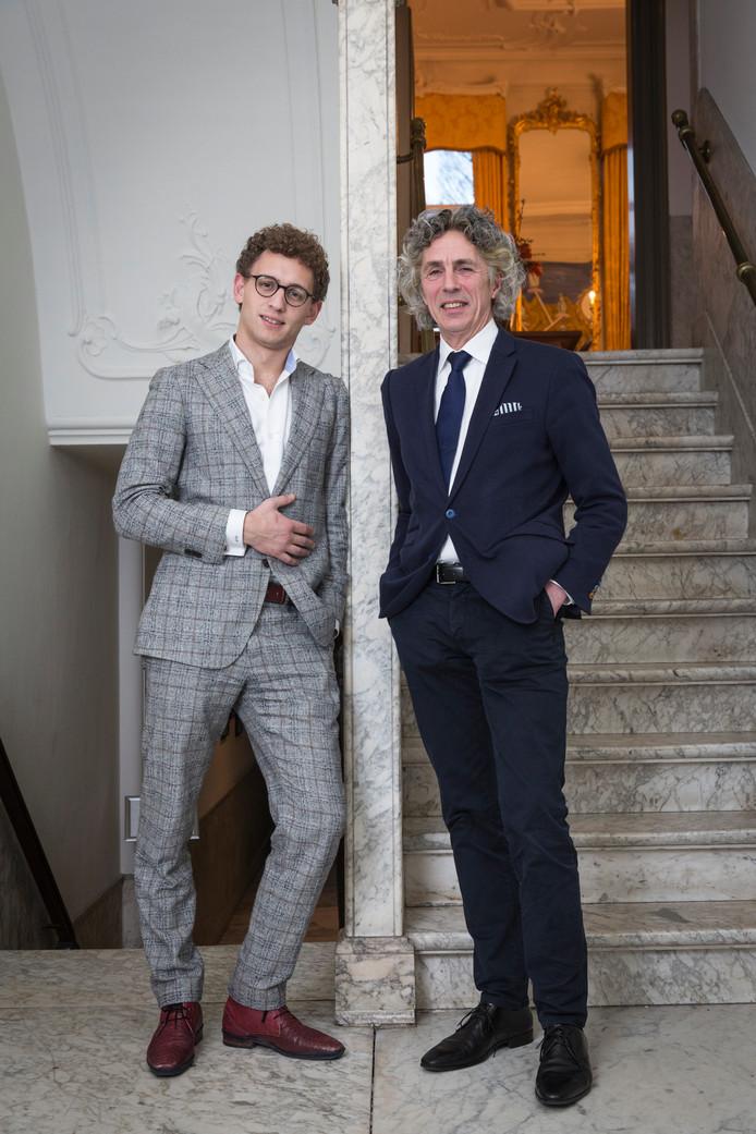 Geerten Waling (links) en Wim Voermans schreven 'Gemeente in de genen'.