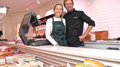 """Florien en Mathieu openen zaterdag nieuwe slagerij Atelier Ambacht: """"Onze grootste troef wordt vers vlees en traiteur, daar draait het hier om"""""""