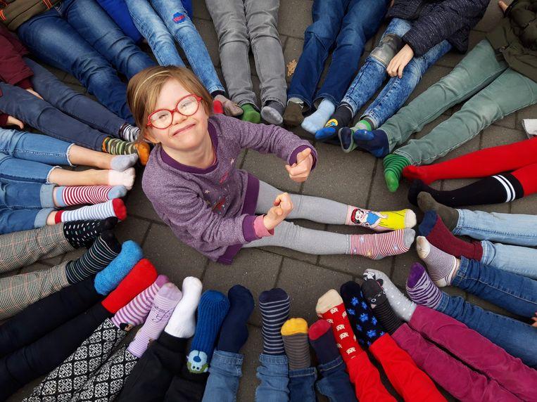 Werelddownsyndroomdag Vbs Grotenberge Haalt Mooiste Sokken