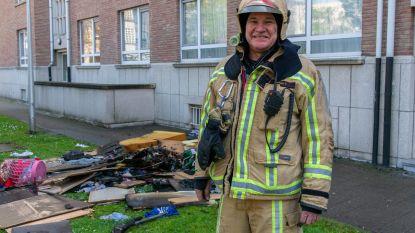 """Brandweerman Chris zwaait af na 38 jaar: """"Hoe meer je als vrienden aan elkaar hangt, hoe verder je durft te gaan bij gevaar"""""""