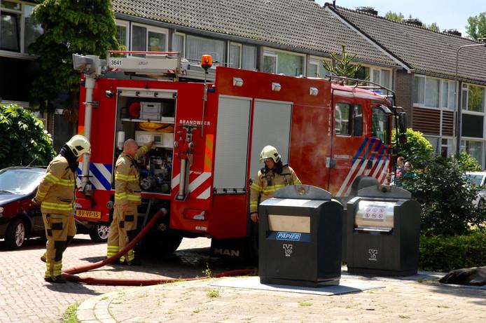 De brandweer had weinig moeite met het kleine brandje.