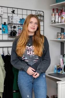 Britt (17):  'We hebben allemaal corona gehad. Ik schrok wel toen mijn ouders ziek werden'