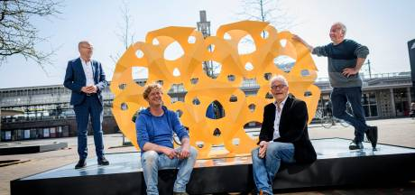 Beelden van Rinus Roelofs moeten in Hengelo blijven: 'Het zou mooi zijn als we hem kunnen eren'