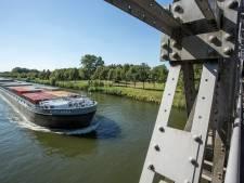 Zwem niet in 'levensgevaarlijke' rivieren voor verkoeling, waarschuwt Lochem