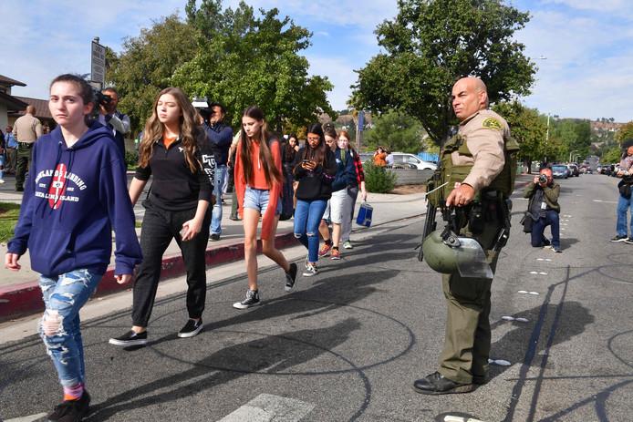 Studenten van Saugus High School na de schietpartij