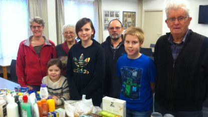 Basisschool De Krekel zamelt voedingswaren in voor De Wervel