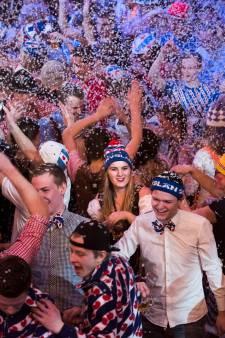 Duizenden ijsmutsen en een enkele Lederhose vieren feest in de Jaarbeurs