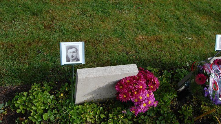 Het graf van Georgische soldaat Arsen Asanisjvili in Leusden. Beeld null