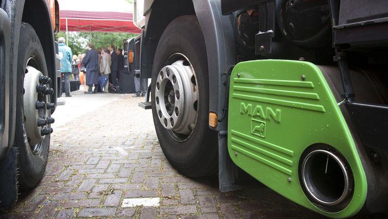 Een vrachtwagen die is uitgerust met een roetfilter Beeld ANP