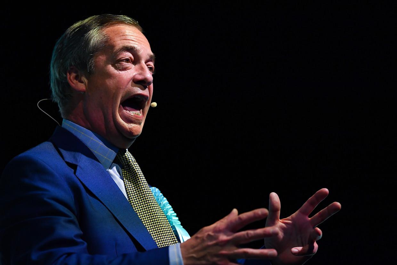 Nigel Farage tijdens een bijeenkomst van de Brexit Partij in Edinburgh. Beeld Getty Images