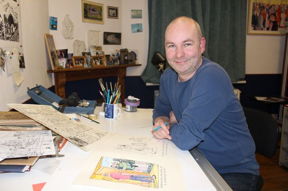Cartoonist Steve Michiels laat elke bezoeker mee kleuren aan een levensgroot kunstwerk.