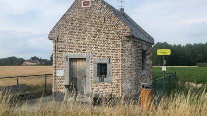 """De warmste vakantieplek van Vlaanderen, met speculaasbakker Erika Vanvuchelen: """"De Piskapel kende heel wat bedevaarders, nooit zag je er echter eentje overdag"""""""