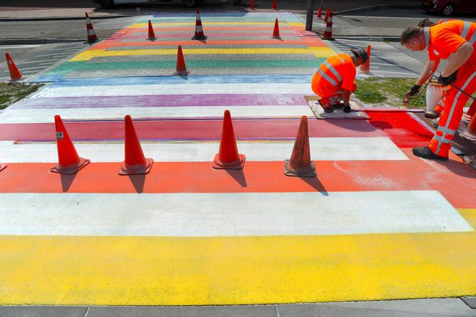 Ook in Vlissingen wordt een regenboogzebrapad aangelegd