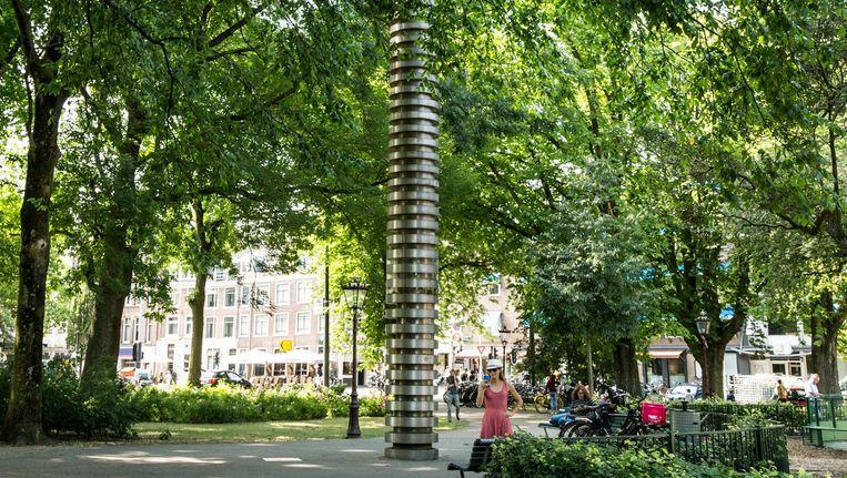 De ruimte tussen sommige schijven is dichtgemaakt: dit monument is geen klimpaal Beeld Tammy van Nerum
