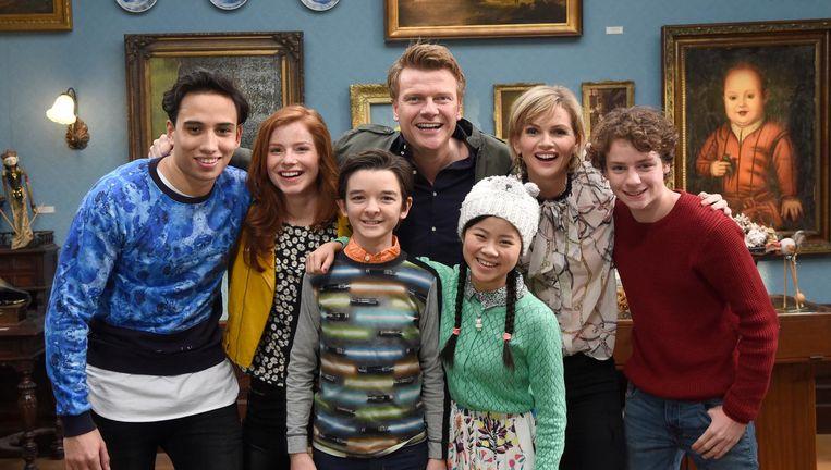 Het Nederlandse De Ludwigs, met (midden) Bastiaan en Tooske Ragas, ging in 2016 in première bij Nickelodeon. Beeld