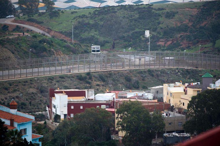 De hekken langs de grens met Marokko. Beeld epa