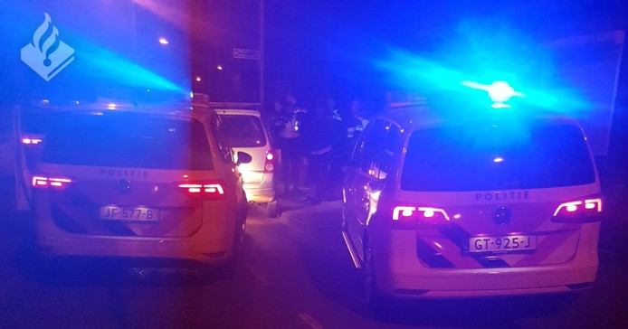 De politie moest geweld gebruiken om de man aan te houden.