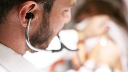 Doktersbezoek kost vanaf volgend jaar drie procent meer