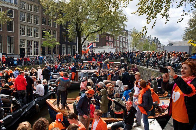 Drukte op de Herengracht in 2017. Beeld ANP
