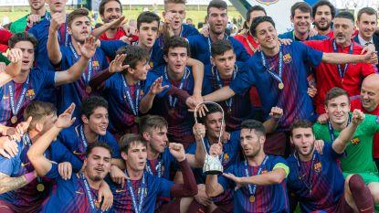 FT buitenland: Spelers Hajduk Split krijgen klappen van supporters - Barcelona wint de Youth League