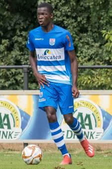 PEC Zwolle gaat jonge Franse linksback Dekono voor drie jaar binden