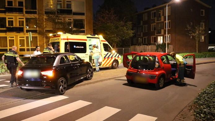 Een man is vannacht gewond geraakt bij een aanrijding op de Monseigneur van Steelaan in Voorburg.