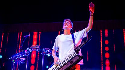 Lost Frequencies verschijnt mét band op podium Tomorrowland