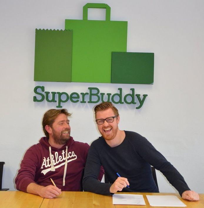 Laurens van Geffen (links) en Tim van den Heuvel, de oprichters van SuperBuddy.nl. Eigen foto