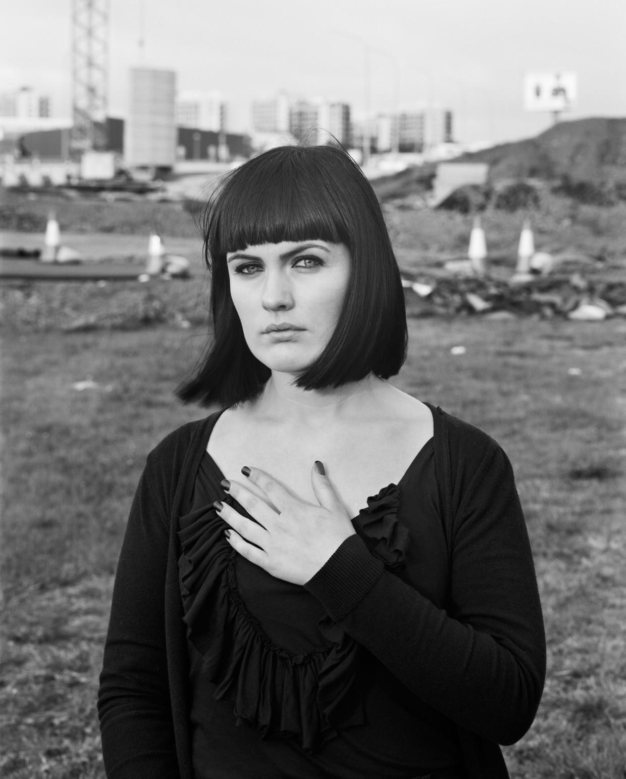 Uit de serie 'Monalisen der Vorstädte'': Adda, 2009.