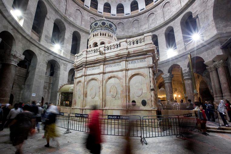 De tombe van Jezus in de Verrijzeniskerk in Jeruzalem.