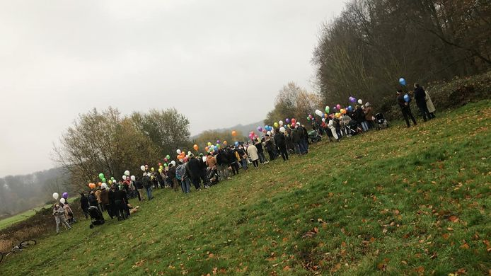 De politie en ANB onderzoeken een grote bijeenkomst van zondag aan de Koninklijke Loge in Groenendaal.