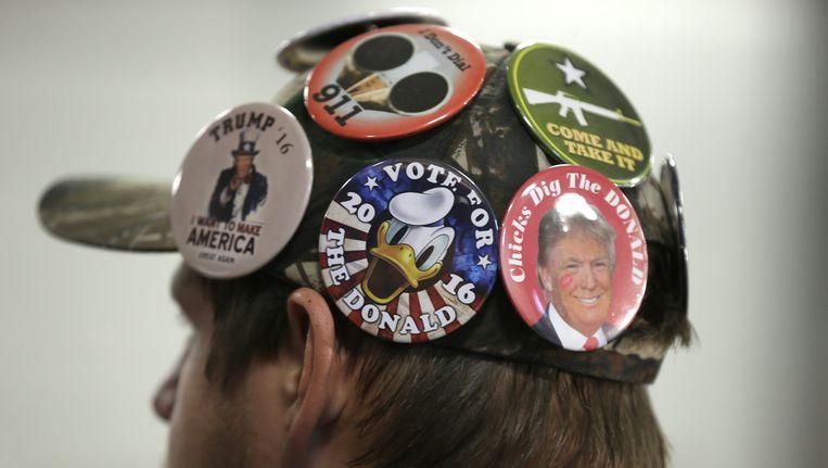 Een supporter van Donald Trump bij een campagnebijeenkomst op 5 december. Beeld ap