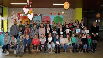 Sofie en Mauro winnen Junior Journalisten-wedstrijd