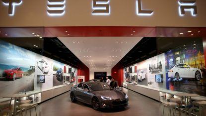 """""""Weer topmanager weg bij Tesla"""""""