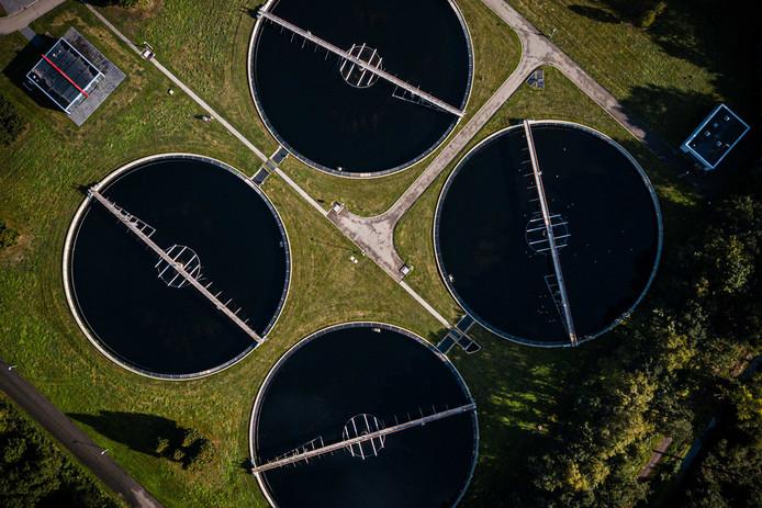 Een waterzuiveringsinstallatie waarmee grondwater gezuiverd kan worden.