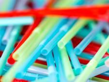 Huiskantine in Oude Haven doet plastic rietjes in de ban