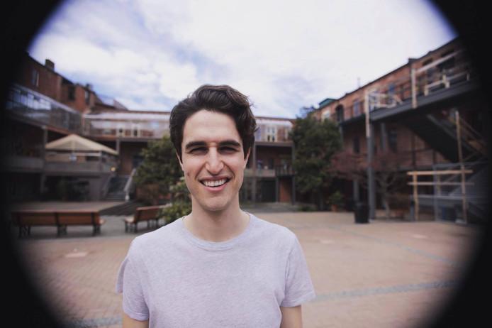 Levi Hildebrand uit Canada was te laat met aanmelden voor een kamer. Hij vond er uiteindelijk een, maar het was 'extreem moeilijk'.